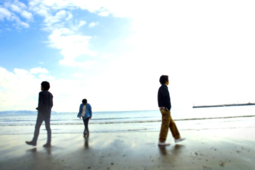 サニーデイ・サービス NEWシングル『夏は行ってしまった』ROSE SHOPでの数量限定発売 & iTunesでの販売も決定しました。