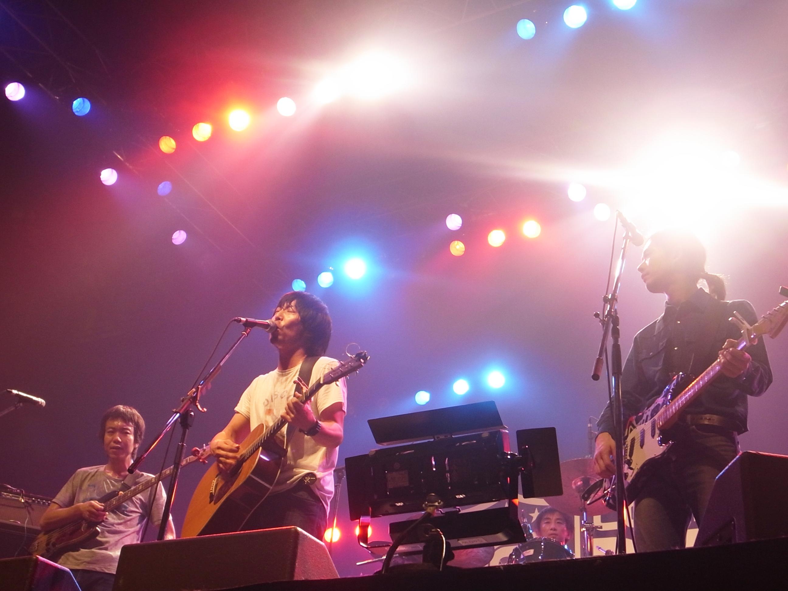 曽我部恵一BAND LIVEセットリストUPしました。12/30<COUNTDOWN JAPAN 12/13>@幕張メッセ国際展示場